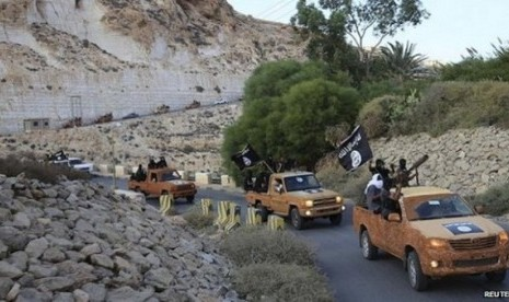 MIlitan Isis memasuki kawasan Derna