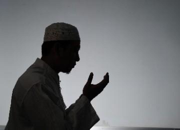 Empat Hal yang Dilakukan Muslim Saat Pergantian Tahun Baru
