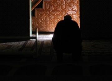 Berhasil Atasi Prasangka Buruk, Richard Beuchamp Total Menerima Islam