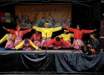 Mahasiswa Indonesia Tampilkan Tari Saman di Göttinger Kulturenmesse Jerman