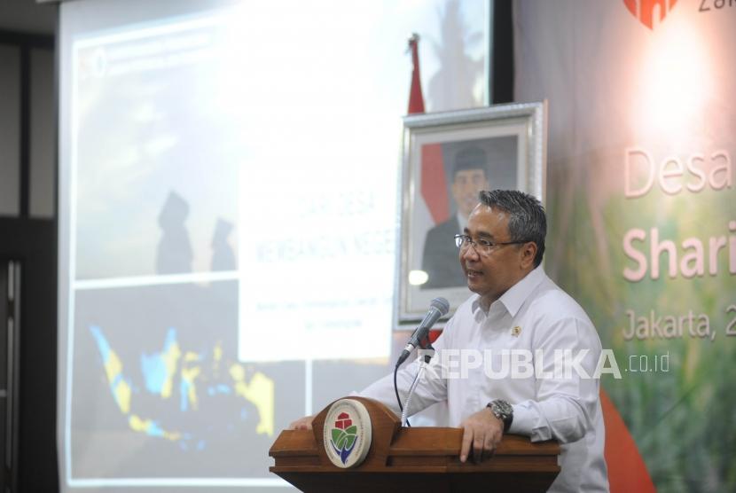 Menteri Desa, Pembangunan Daerah Tertinggal dan Transmigrasi  Eko Putro Sandjojo.