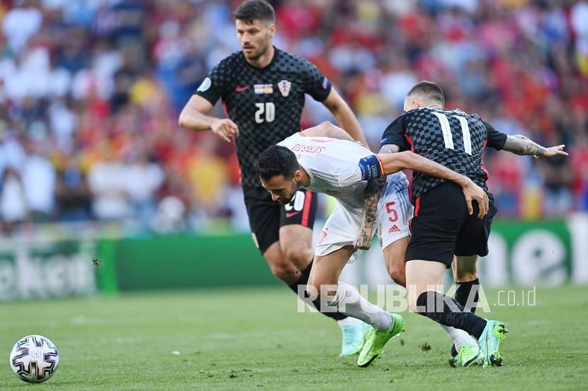 Juara piala eropa tiga kali, spanyol, menghadapi slovakia pada pertandingan penutup grup e euro 2020. Euro 2020: Babak Pertama Kroasia - Spanyol Berbagi Angka ...