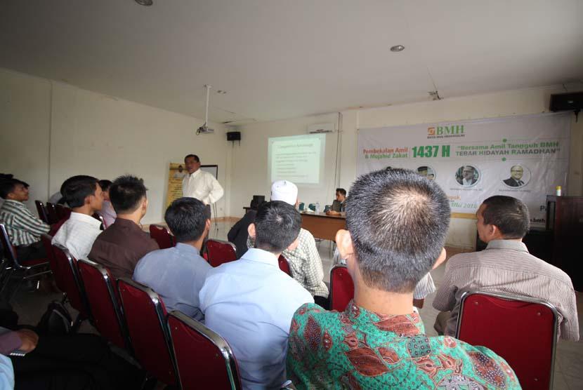 Pembekalan amil dan mujahid dakwah yang digelar oleh BMH di Jakarta, Selasa-Rabu (31/5-1/6). (29/5-30/5).