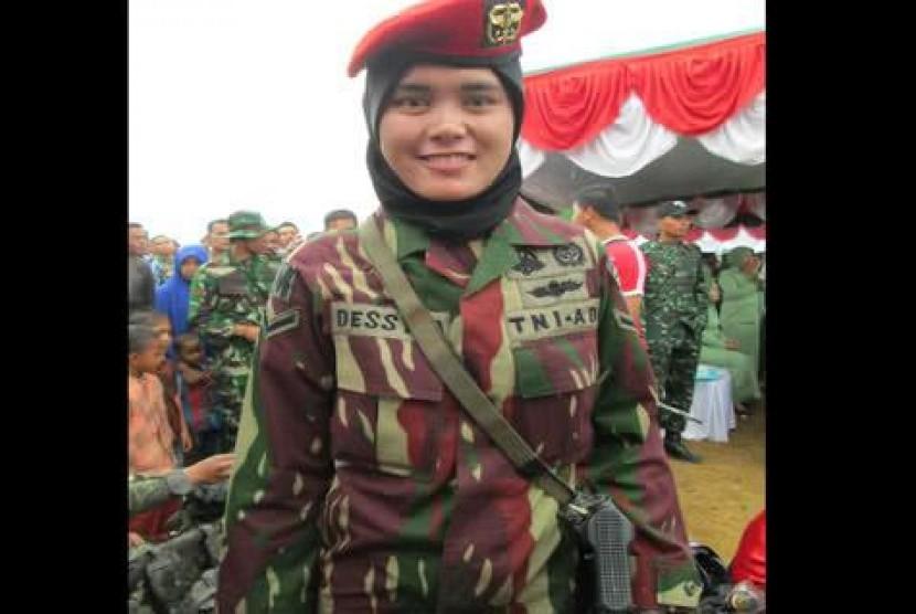 Prajurit TNI AD berjilbab.