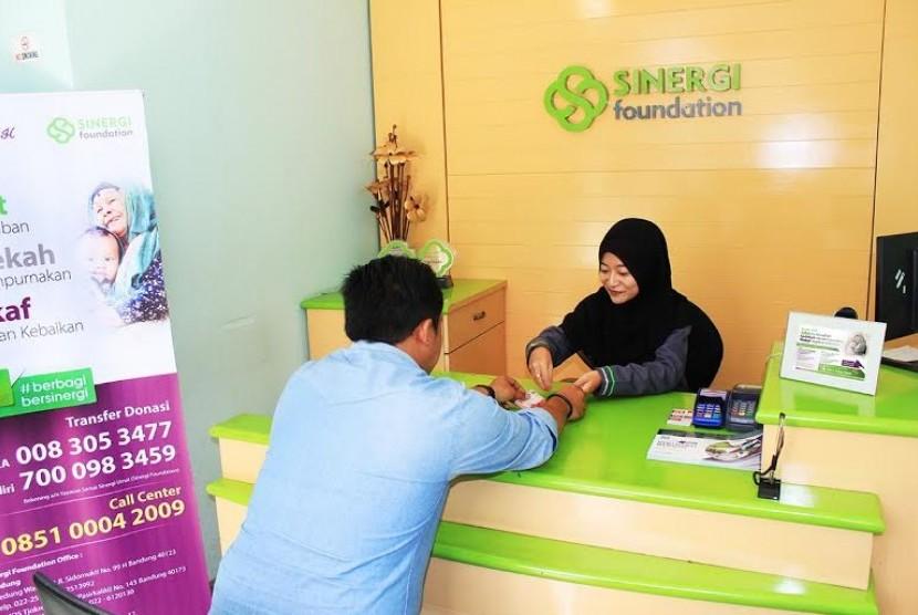 Sinergi Foundation mengajak masyarakat berbagi di bulan Ramadhan.