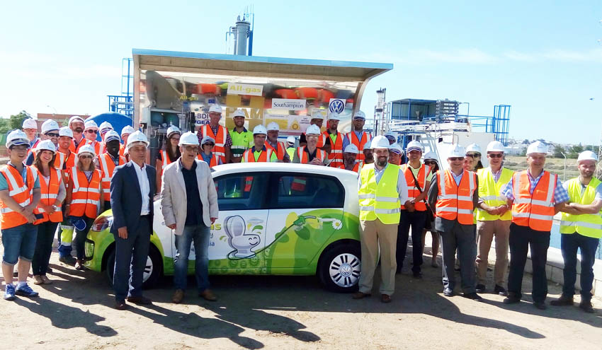 Aqualia presenta el primer coche que testará el biogás producido con el proyecto All-gas