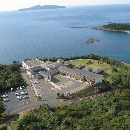 九州本土の最西北端にあたる波戸岬の絶景を楽しめます。