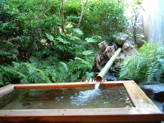 人気の檜の家族露天風呂です(要予約)