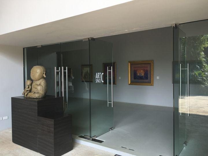 カオヤイに訪れたら是非立ち寄っていただきたいのがこちらの美術館。こんな所に本当にあるの?という道を進むと、急に現れる素敵な美術館です。