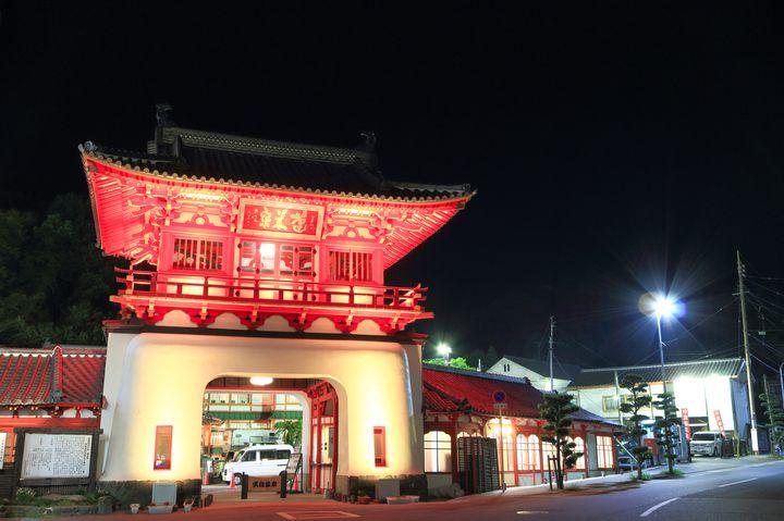 日本の温泉マニアが厳選!日帰りでも行ける「武雄温泉」人気ランキング TOP7