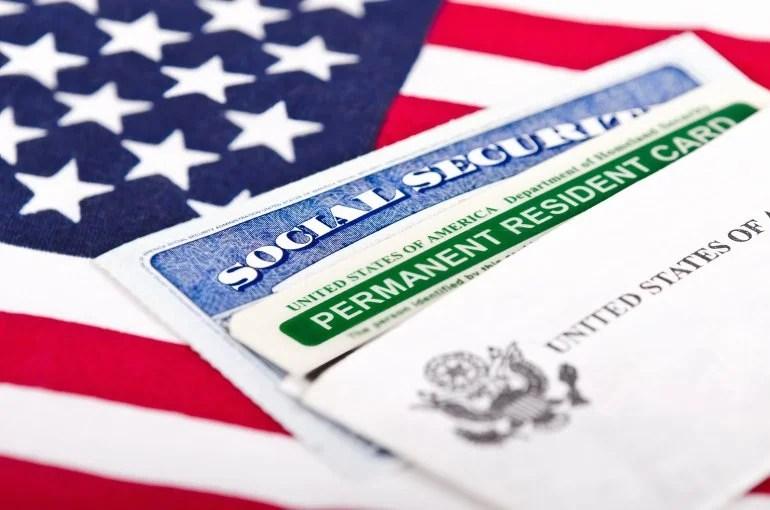 BAGAIMANA MENDAPATKAN GREEN CARD UNTUK BERKERJA DI AMERIKA - Amerika Visa  Consultant