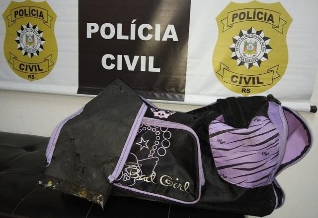 Laudo pericial identificou o DNA da vítima no interior de bolsa   Foto: Divulgação/Polícia Civil