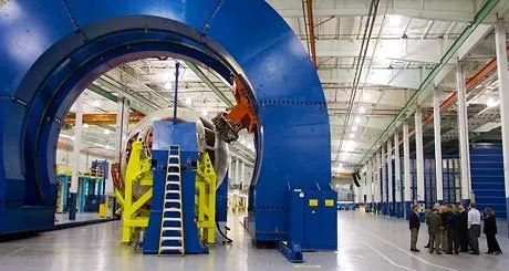 Dreamliner Nose Shows The Face Of Future Plane Factories