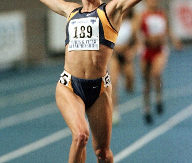 In  Suzy Favor Hamilton Reacts After Winning The Womens  Meter Run At