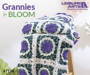 Grannies In Bloom - 6 Fabulous Flower Garden Throws