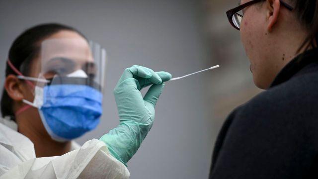 1583943432888 - Koronavirüsü 24 saatte yok eden ilaç bulundu