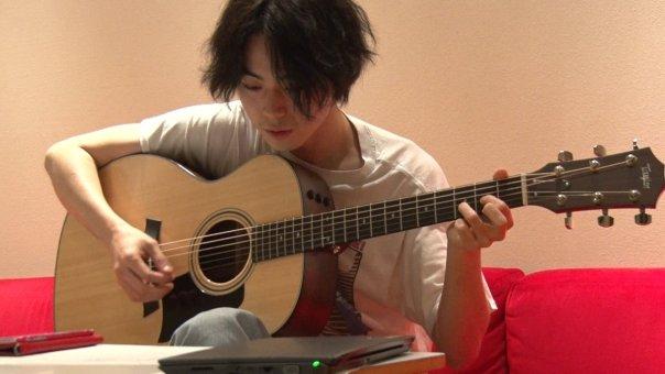 「菅田将暉 ギター」の画像検索結果