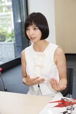 「篠田麻里子 インタビュー」の画像検索結果
