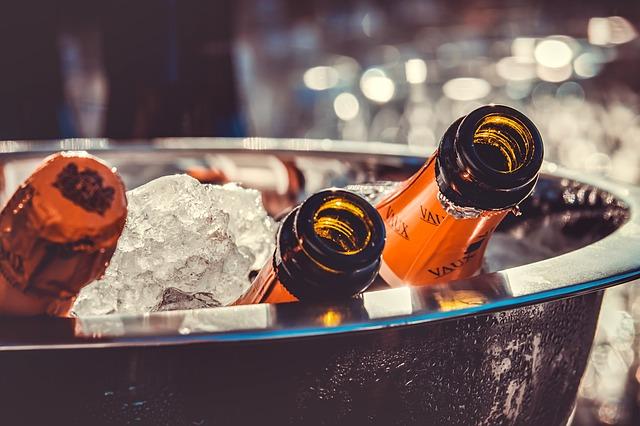 샴페인, 샴페인 병, 얼음, 샴페인 쿨러, 파티, 축 하, 알코올, 한잔, 스파클링 와인, 병