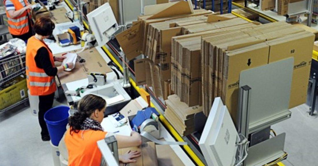 amazon sweatshop e1584605964971.jpg - Covid-19: la colère monte chez les employés forcés de travailler