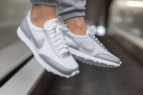 Women's Nike Daybreak 'White / Silver' .00