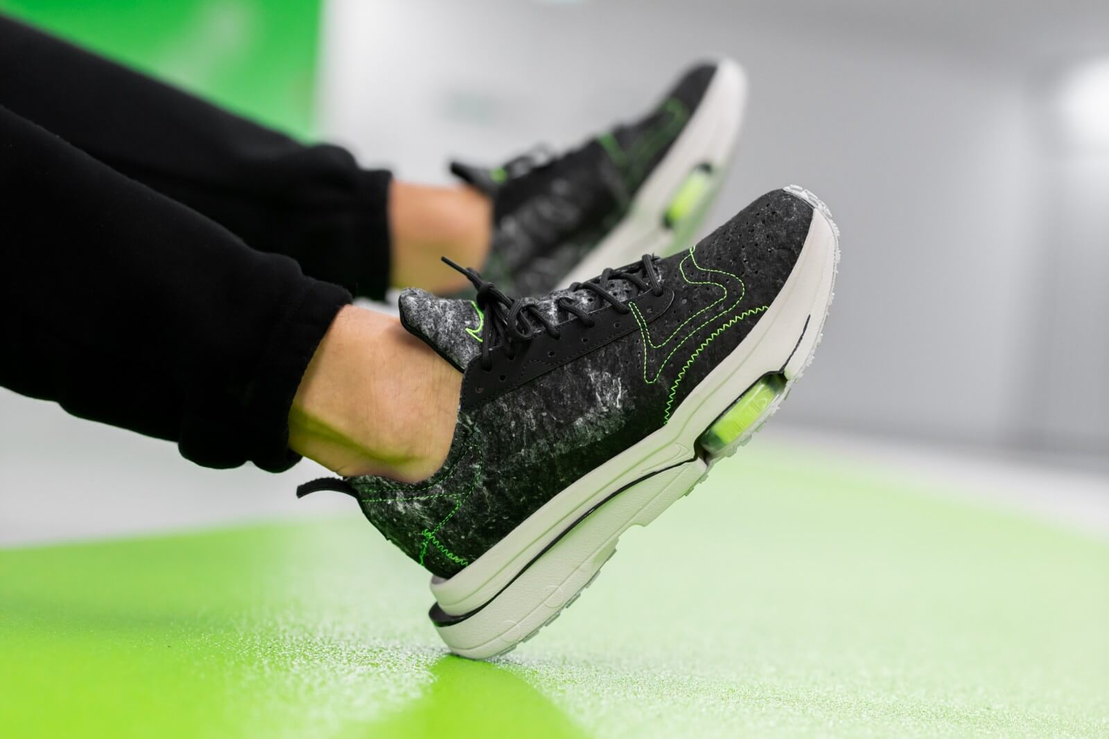 Nike Air Zoom-Type Recycled Wool Black/Electric Green - CW7157-001