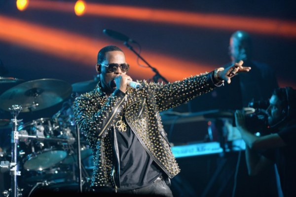 R. Kelly's Alleged Sex Crimes Are Still Horrific 13 Years ...