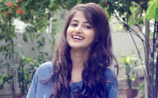 5 Best Roles of Pakistani Actress Sajal Ali Who Stars in ...