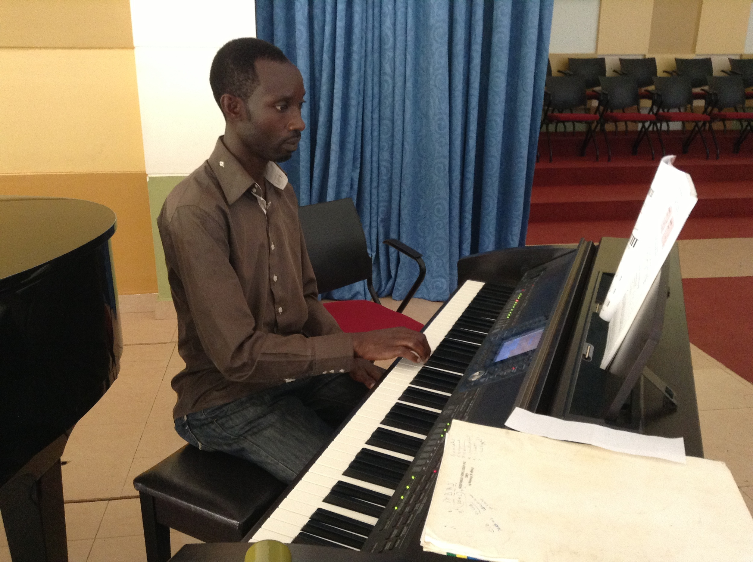 Clement is a new piano student this semester. Here in his second lesson he is learning how to play the melody of Beethoven's 5th Symphony.
