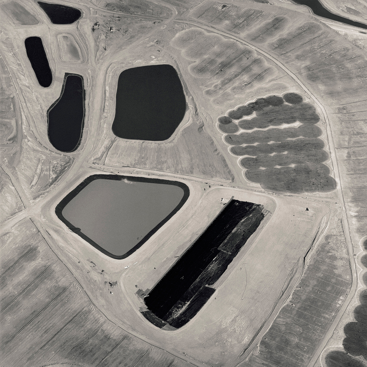 David Maisel, Black Maps (Bingham Canyon, Utah 2), 1985.