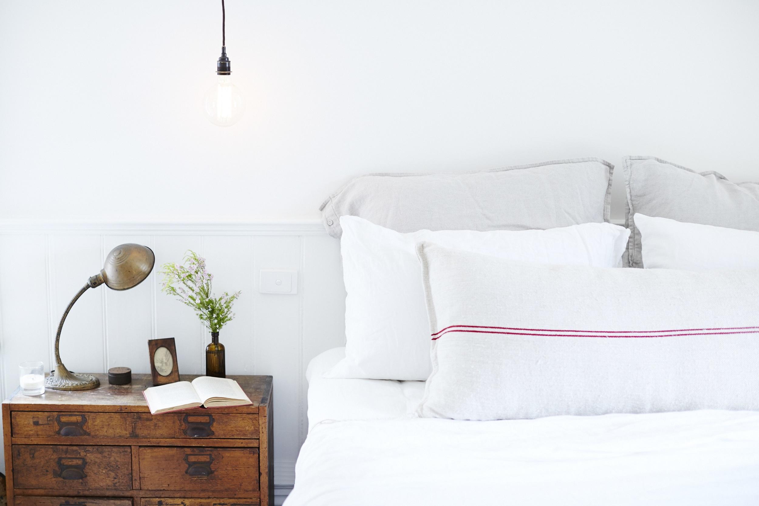 bed 1 re.jpg