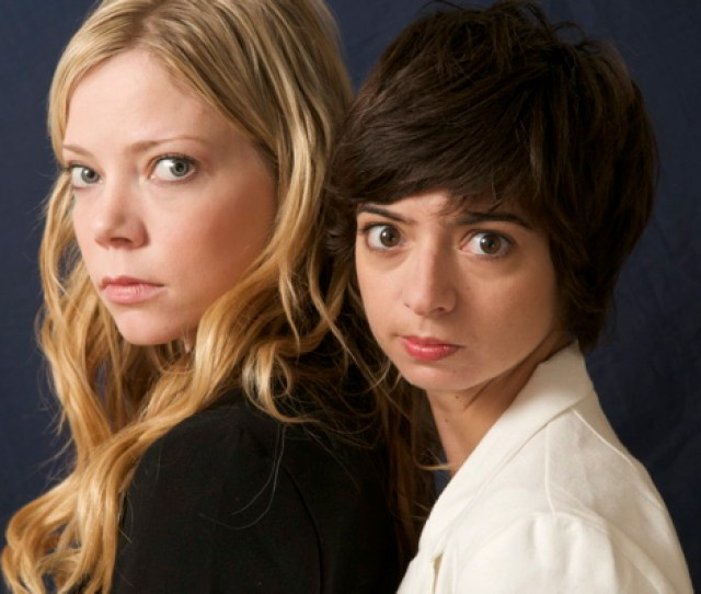The Mischievous Musical Comedy Duo Garfunkel Oates Are Joining The Super Serious Show This Month The Band Is Made Up Of Actresses And All Around Talents