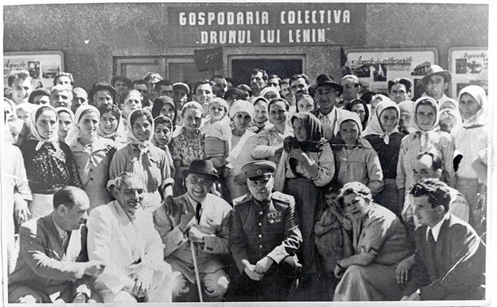 Colectivizarea agriculturii 1949 - 1962 - Istorica - Radio România  Actualităţi Online