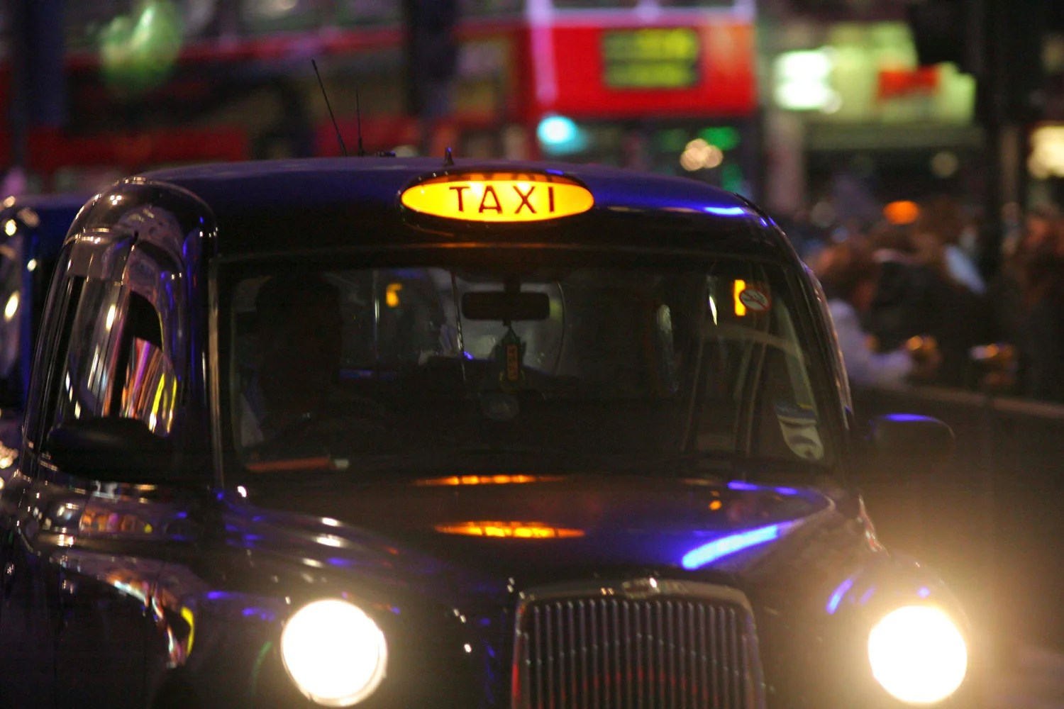 New Year S Eve Taxis In London How To Get Home From Your