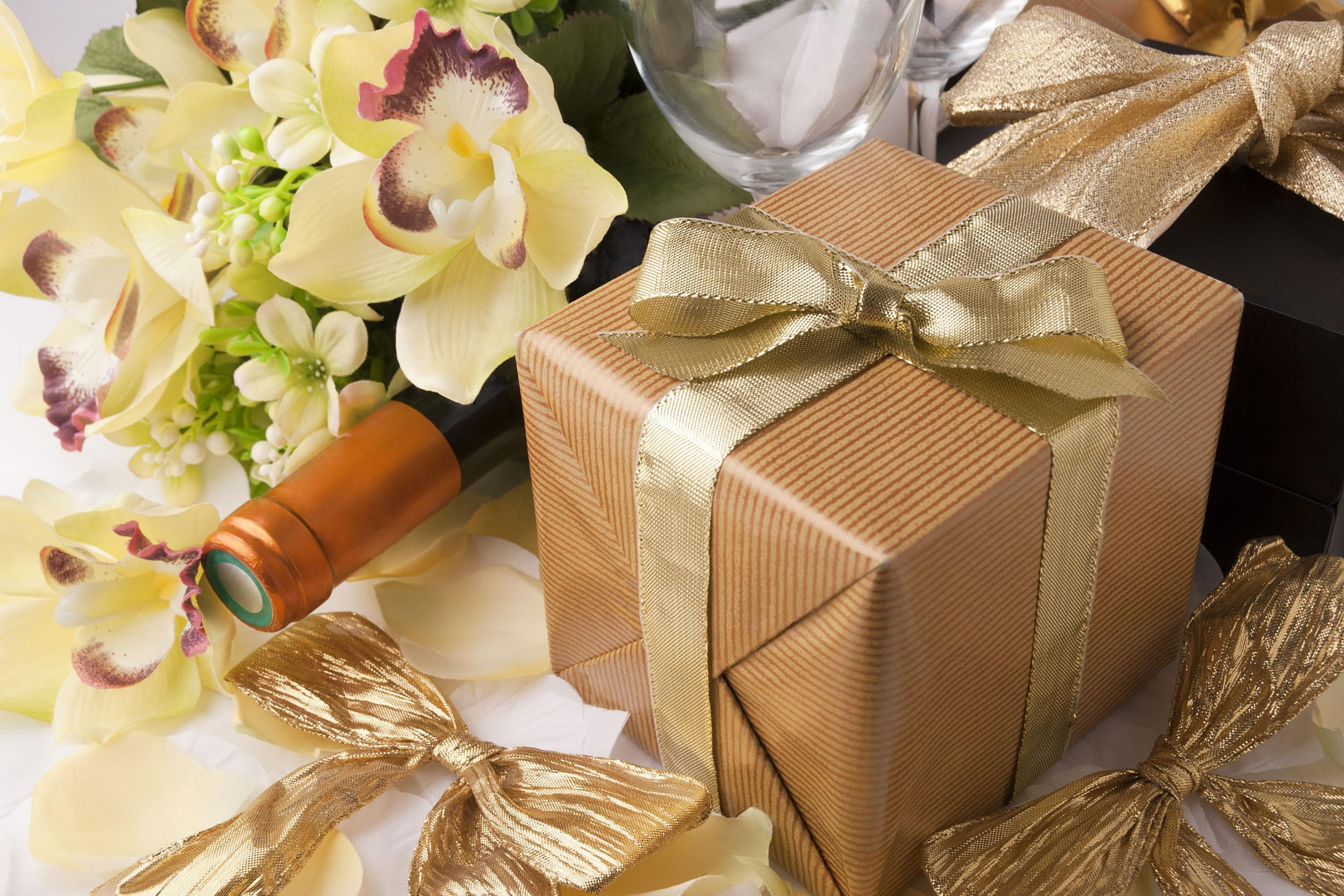 Best Wedding Gifts Under £100