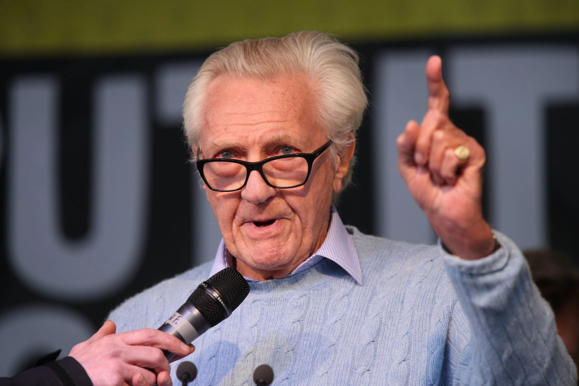 michaelheseltine2005 Heseltine: I'll stay a Tory and fight our Right-wing zealots