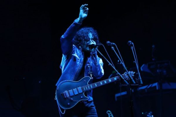 Pearl Jam Perform With Jack White: Watch - Stereogum