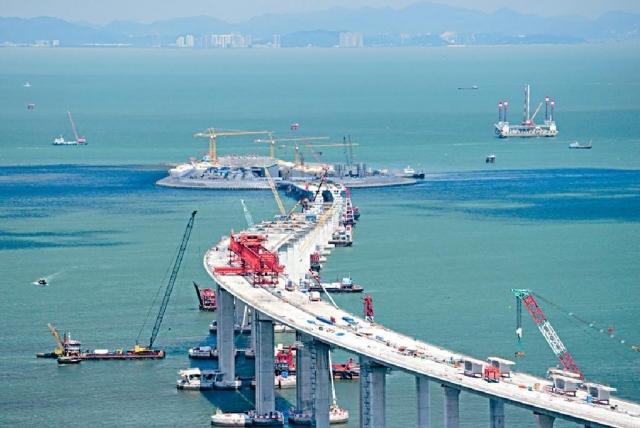 港珠澳大橋海堤崩塌兩年 路政署否認隱瞞 - 港聞 - 日報新聞 - 頭條日報 Headline Daily