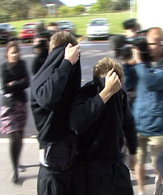 Nazi-worshipping schoolboys arrived at Aucklands War Memorial Museum to apologise.
