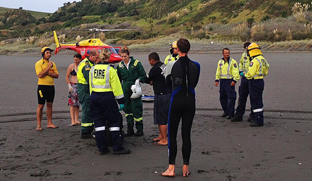 Surfer rescued, Raglan