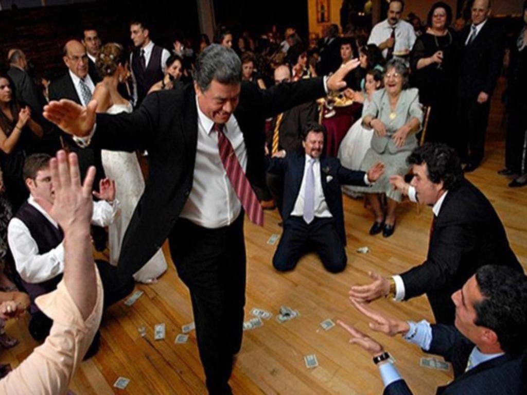 Imagini pentru petreceri politicieni