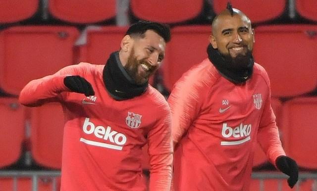 """Arturo Vidal es destacado como un """"torbellino"""" en Barcelona"""