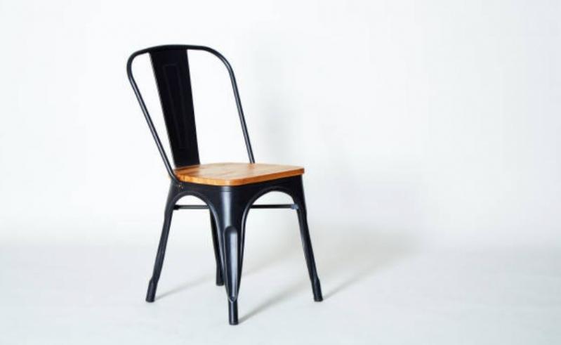 Otra cábala: súbete a una silla en Año Nuevo