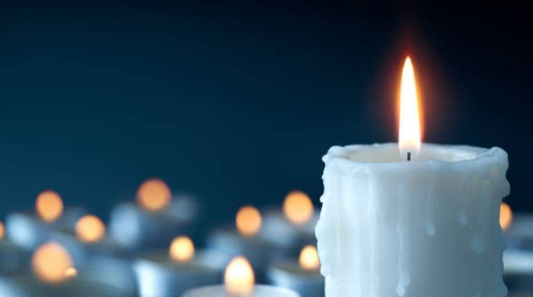 Enciende una vela blanca en Año Nuevo