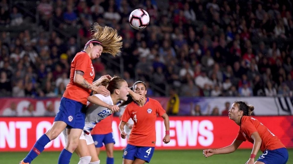 Selección femenina de fútbol cae frente a las actuales campeonas del mundo