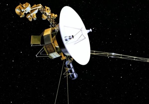 NASA's Voyager 2 probe enters interstellar space after 41 ...