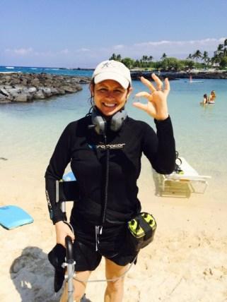 Female detectorist recovers honeymooners ring in Hawaii