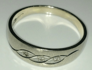 captiva-ring-find-text-pic-closeup