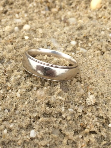 couple with the great news that the ring had been found they couldnt have been more happy and thankful for my services recovery 93 is in the scoop - Lost Wedding Ring