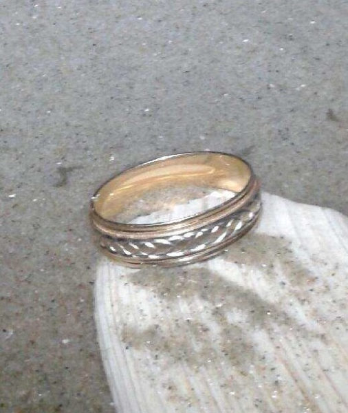 lost wedding ring in ocean citynj recovered by nj lost ring finder - Lost Wedding Ring